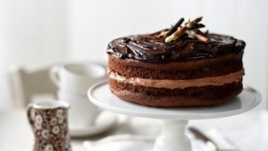 chocolate_fudge_cake_03213_16x9